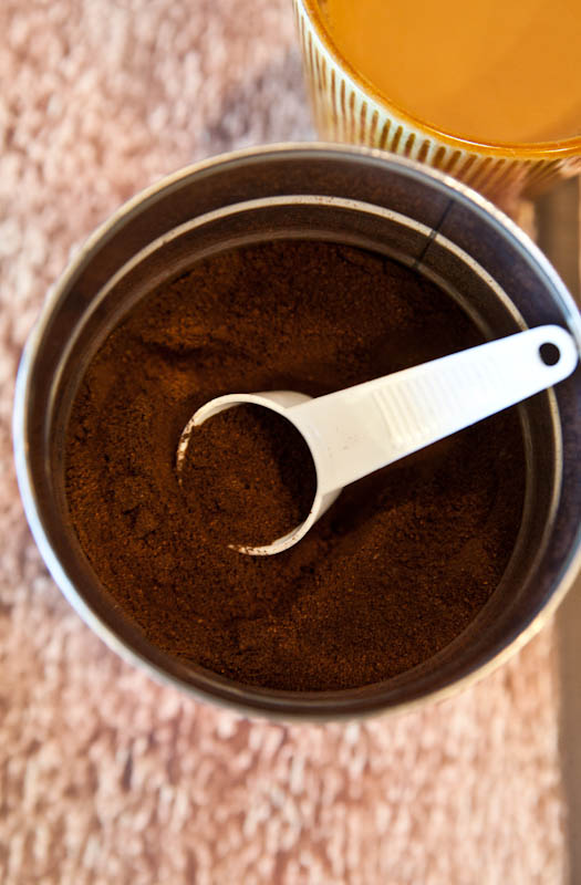 Cafe bustelo open coffee grounds