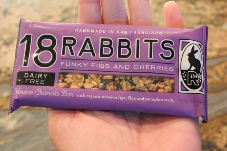18 Rabbits Funky Figs and Cherries granola bar
