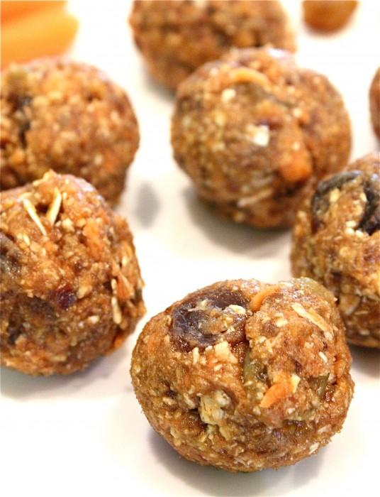 Oatmeal Raisin Carrot Cake Bites