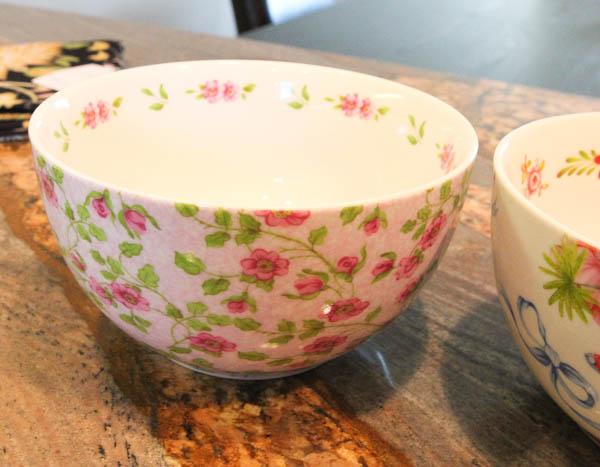 floral patterned bowls