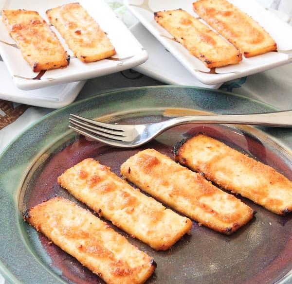 Peanut Sauce Baked Tofu slices