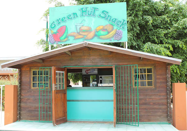 Aruba fruit stand