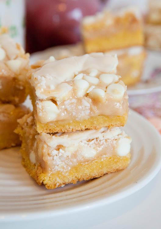 White Chocolate Vanilla Marshmallow Cake Bars