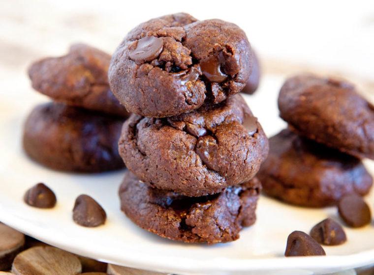 Flourless Chocolate Peanut Butter Chocolate Chip Cookies