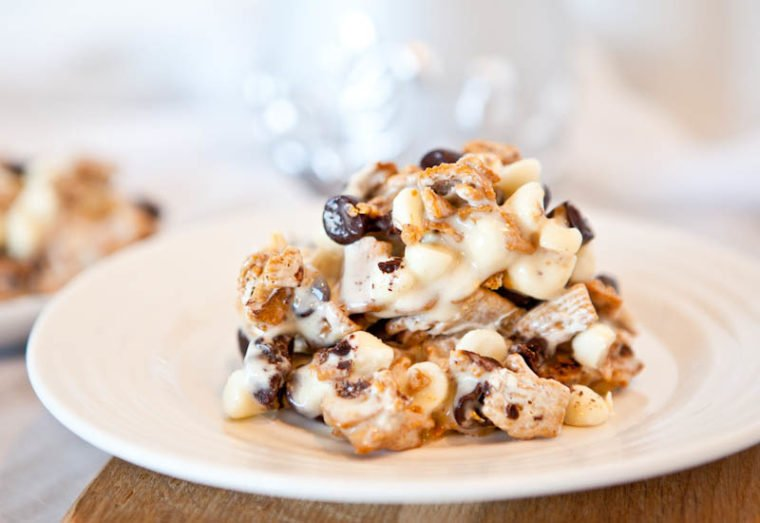 Deep Dish Double Chocolate Golden Grahams Smores Bars