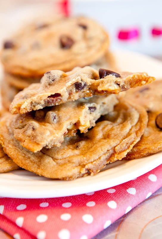 Snickers Bar Stuffed Chocolate Chip Cookies