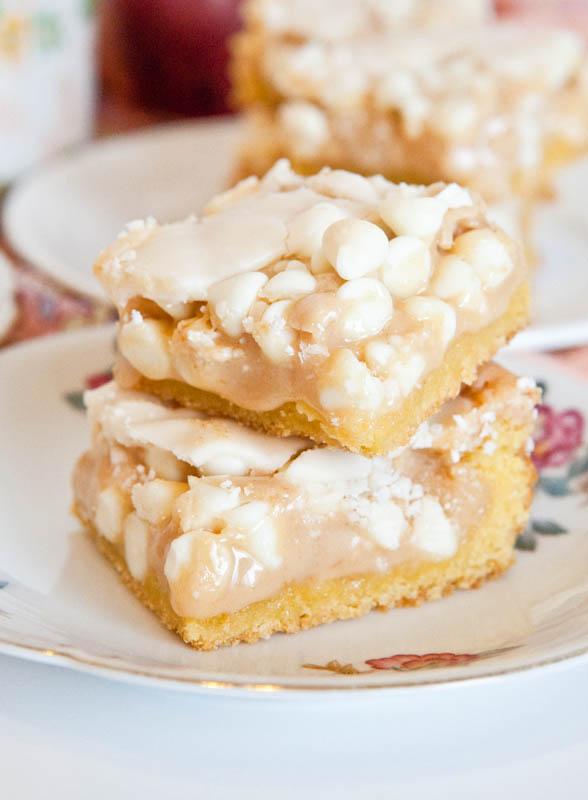 White Chocolate Vanilla Marshmallow Cake Bars – 4 Layers