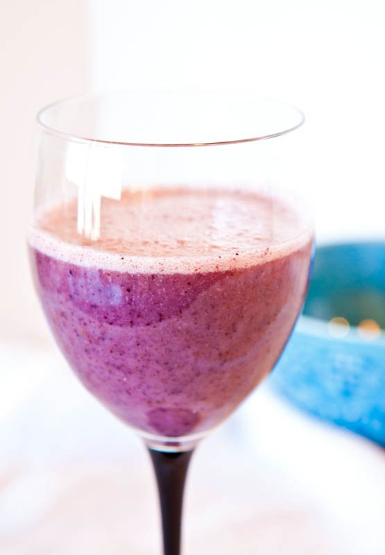 Blueberry Banana Recovery Smoothie (vegan, GF)