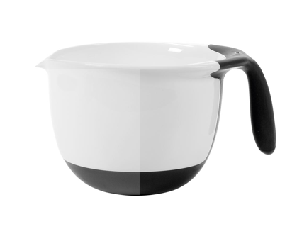 pourable batter bowl with black handle