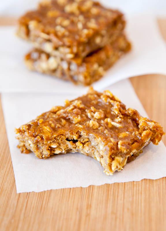 Pumpkin Peanut Butter Oatmeal Bars