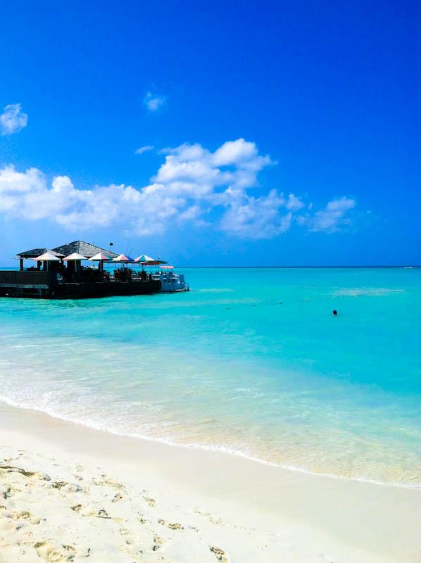 Aruba beach and offshoot umbrellas
