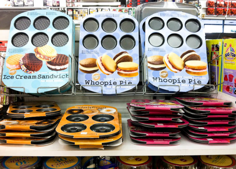 Ice cream sandwich and whoopie pie pans