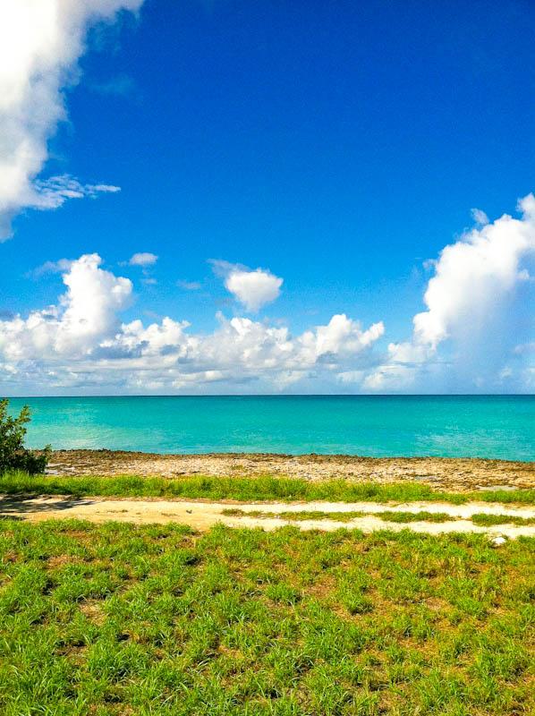 Aruba ocean from running path