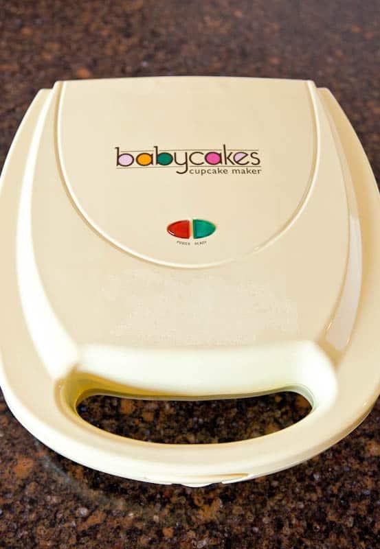 White Babycakes Cupcake Maker