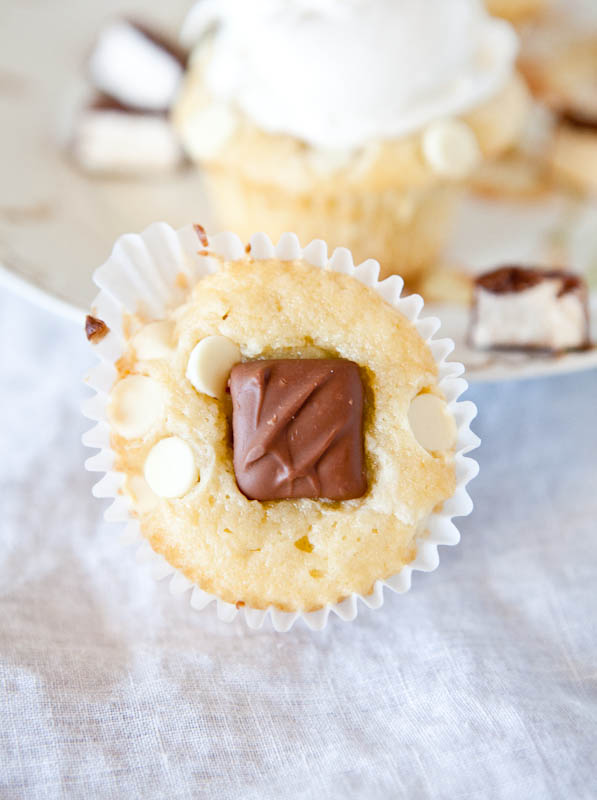 Marshmallow Candy-Stuffed White Chocolate Cupcakes