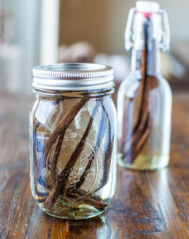 Vanilla beans in mason jar and bottle