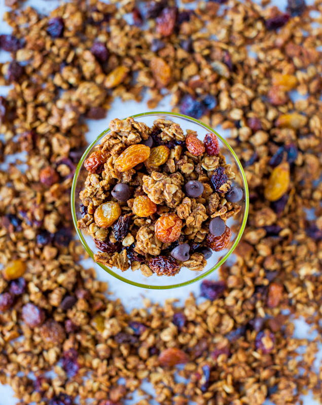Pumpkin Spice Peanut Butter and Chocolate Chip Granola (vegan, GF)