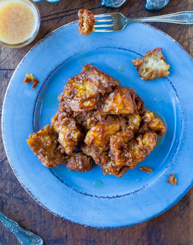 Pumpkin Cinnamon Overnight Pull-Apart French Toast on blue plates