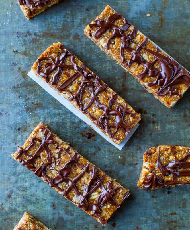 Sunflower Seed Butter Bars with Chocoalte Drizzle (no-bake, vegan, GF) averiecooks.com