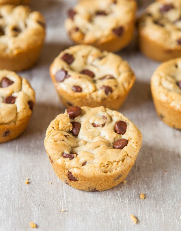 Browned Butter Chocolate Chip Cookie Cups - Prone to cookies that spread? It's impossible with these! Thick, soft & chewy cookies baked in a muffin pan that are so rich from the browned butter!