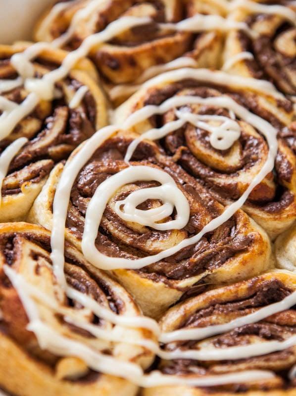 Nutella Cinnamon Rolls with Vanilla Glaze