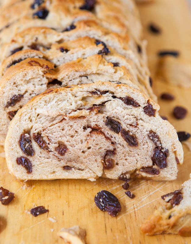 Raisin Bread for Raisin Lovers - Nothing skimpy about the raisin ...