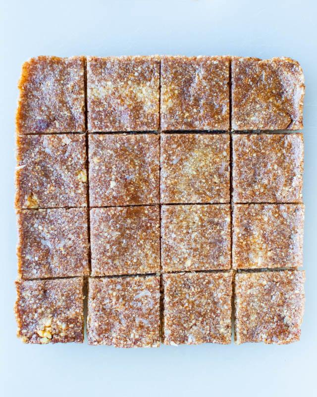 Peanut Butter and Jelly Coconut Cashew Sandwich Cookies (no-bake, vegan, GF) averiecooks.com