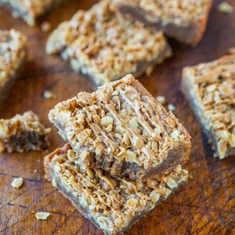 Cookie Butter Brown Sugar Streusel Bars