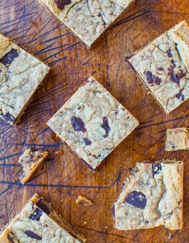 Peanut Butter Chocolate Chunk Cookie Bars averiecooks.com