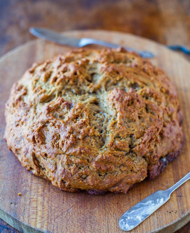 30 Minute Honey Whole Wheat Skillet Bread averiecooks.com
