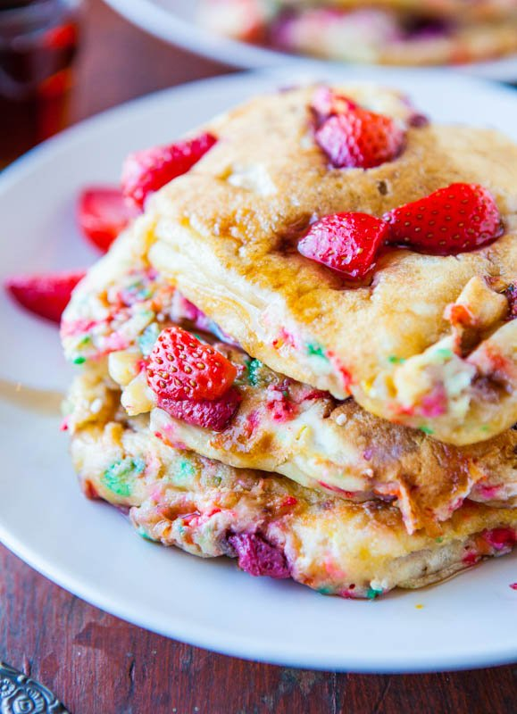Strawberry and Sprinkles Buttermilk Pancakes averiecooks.com