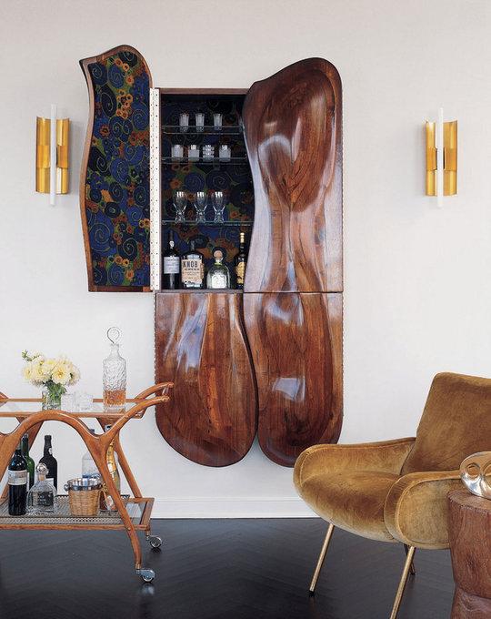 Wall-Mounted Cabinet Bar