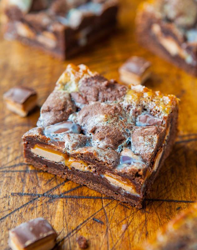 Milky Way Chocolate Cookie Crumble Bars averiecooks.com