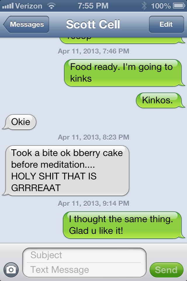 Text conversation about blueberry cake