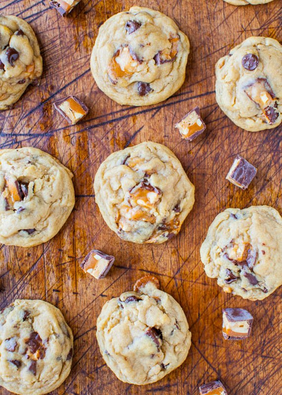 Soft and Chewy Snickers Chocolate Chip Cookies averiecooks.com