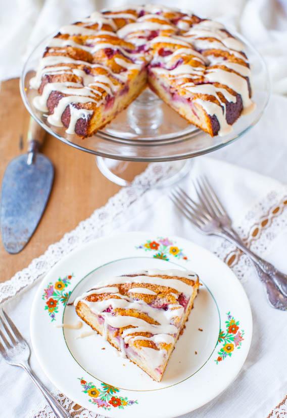 strawberrycoffeecake-17Strawberries and Cream Coffee Cake with Vanilla Cream Cheese Glaze averiecooks.com