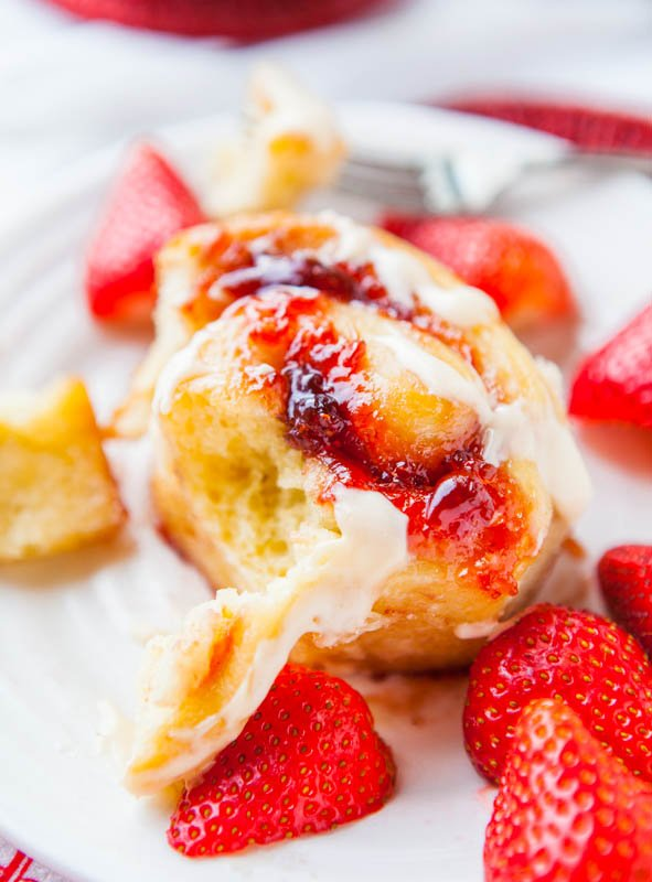 Strawberry Sweet Rolls with Vanilla Cream Cheese Glaze averiecooks.com