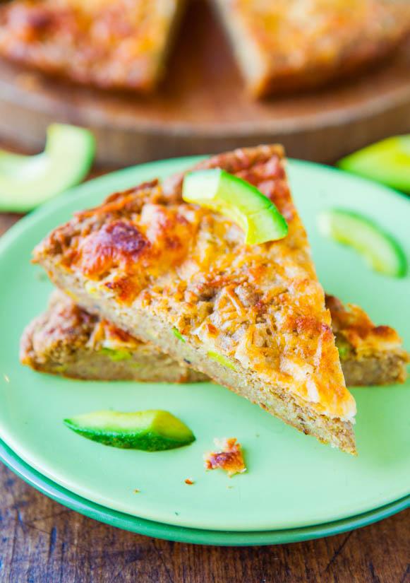 30-Minute Cheesy Avocado Skillet Pizza Bread (Whole-Wheat & Vegan) - Recipe at averiecooks.com