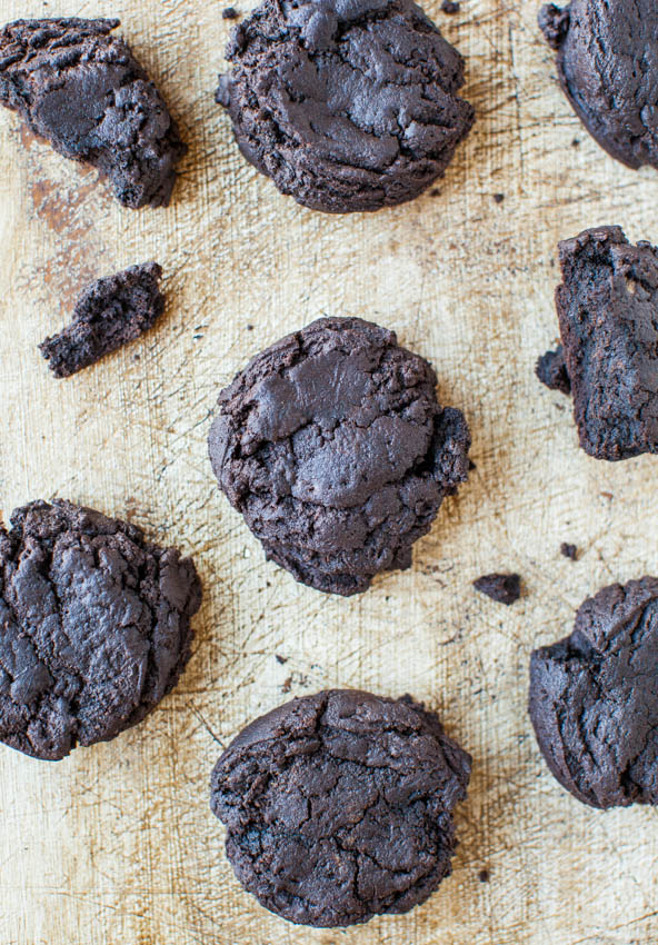 Dark Chocolate Dark Brown Sugar Cookies - Recipe at averiecooks.com