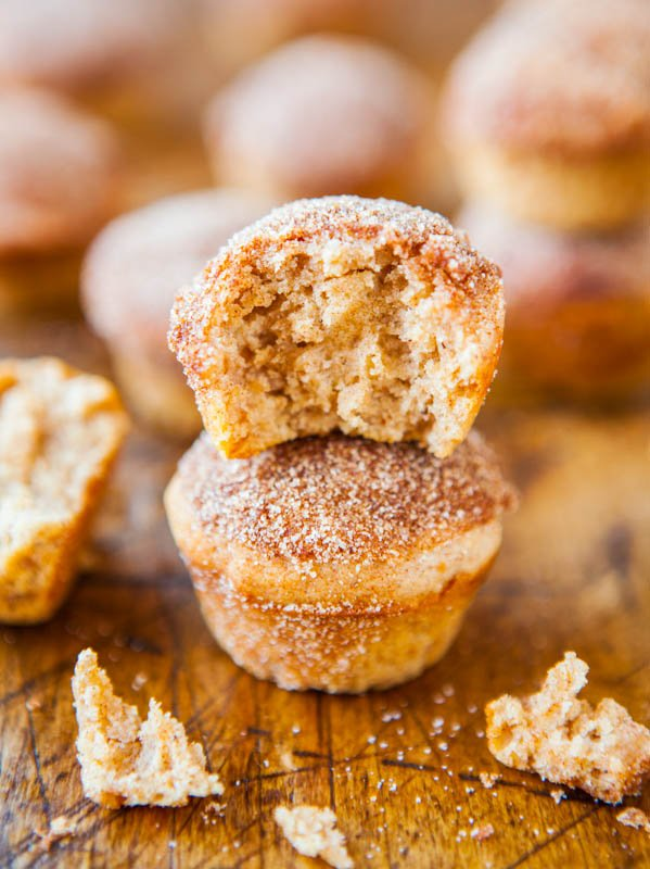Cinnamon Sugar Mini Donut Muffins - Recipe at averiecooks.com