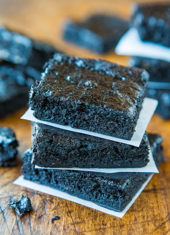 Healthy Dark Fudgy Avocado Brownies (GF) - You Can't Taste the Avocado in These Healthier Brownies at averiecooks.com