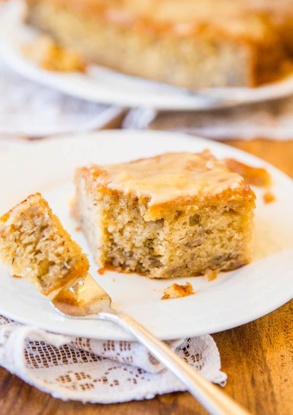 Browned Butter Glaze Soaked-Greek Yogurt Banana Cake - Easy No-Mixer Recipe at averiecooks.com