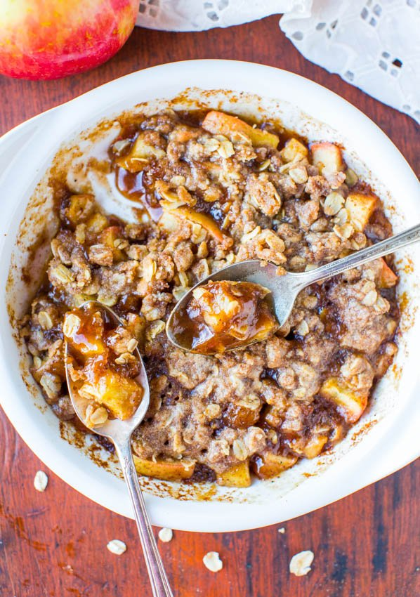 5-Minute Apple Cinnamon Crumble for One