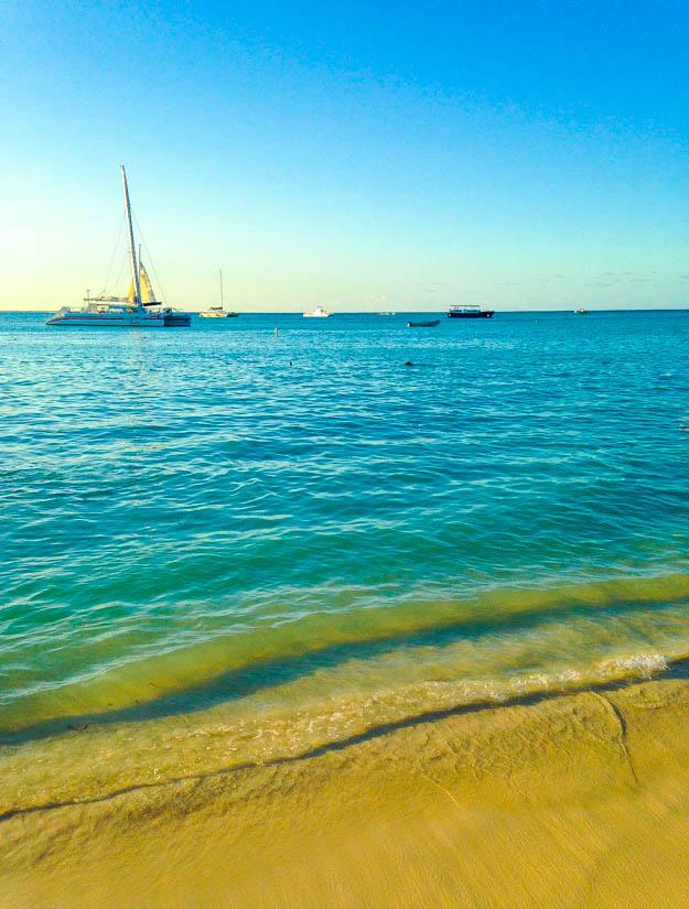 Palm Beach, Aruba - Christmas Day, 2013 averiecooks.com
