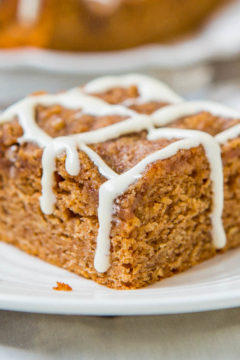 Brown Sugar-Topped Cinnamon-Sugar Coffee Cake with Vanilla Cream Cheese Glaze