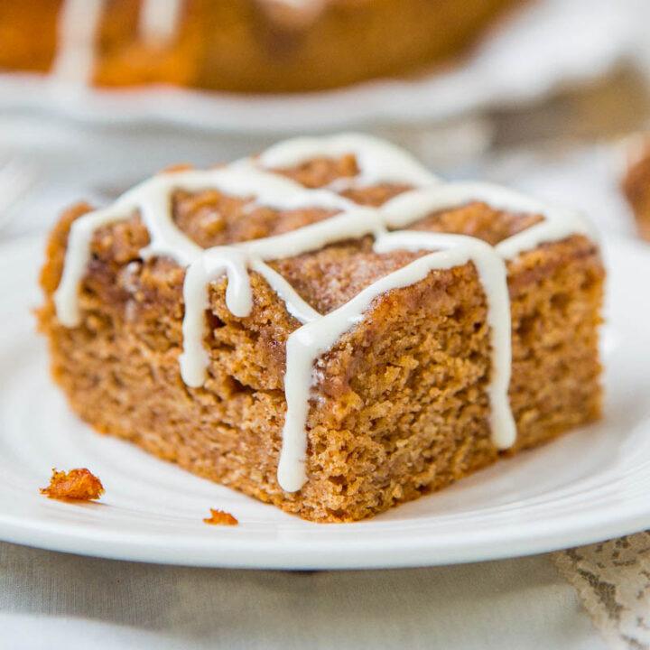 Brown Sugar-Topped Cinnamon-and-Sugar Coffee Cake with Vanilla Cream Cheese Glaze
