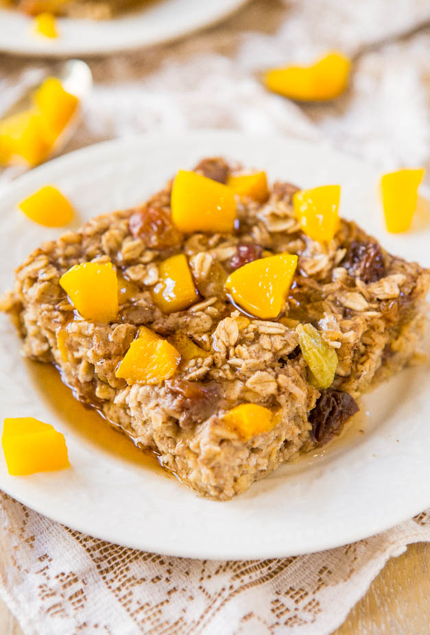Peaches and Coconut Cream Baked Banana Oatmeal with Peach Maple Syrup (vegan, gluten-free)- Healthy, hearty, loaded with rich flavors and textures, and ready in a half hour! Easy one-bowl recipe at averiecooks.com