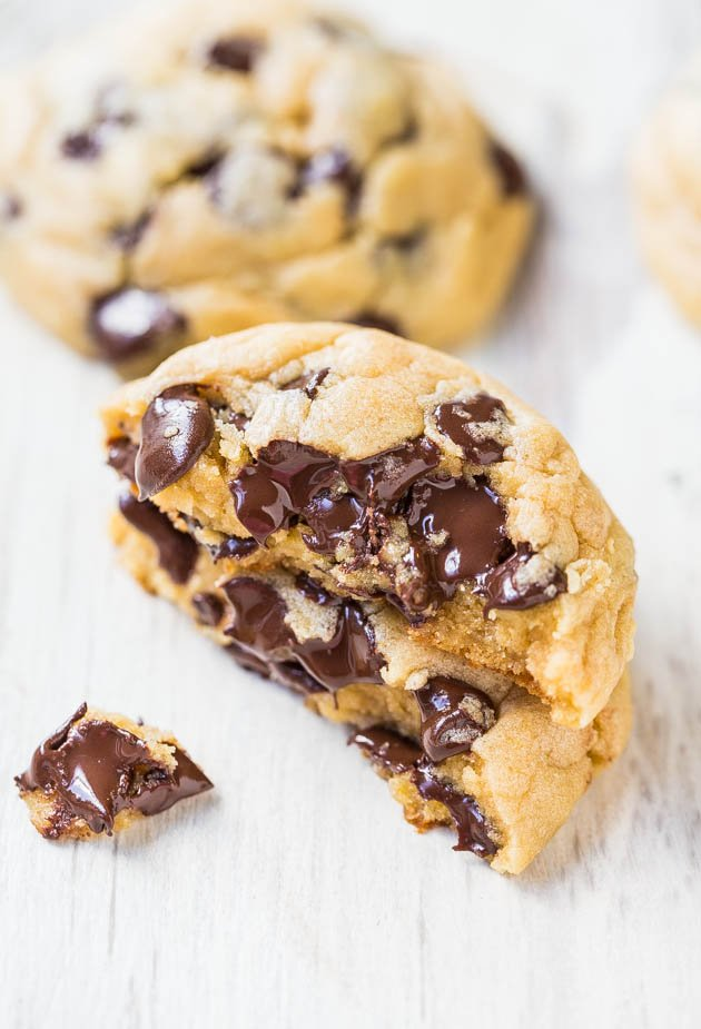 The Best Soft and Chewy Chocolate Chip Cookies - One of my absolute favorite recipes for chocolate chip cookies thanks to a special ingredient!! Just one bite and I think you'll agree!!