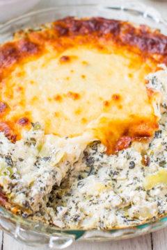 Baked Spinach, Artichoke, and Mozzarella Dip
