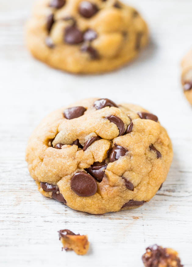 Coconut Oil Chocolate Chip Cookie